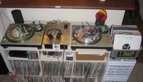 setup de DJ vinyle