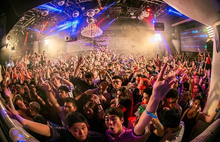 6 astuces pour battre le trac du DJ